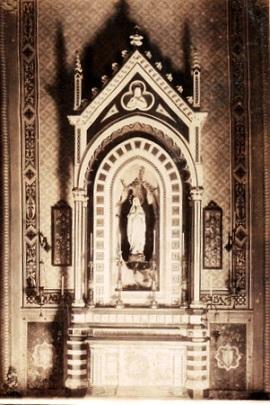 Altare della Madonna di Lourdes, 1889., F. Biscarini e R. Angeletti, pitture V. Perali
